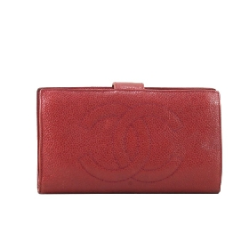 Long Wallet in Red Caviar