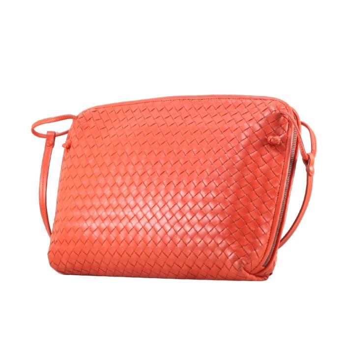 Nodini Sling Bag in Coral